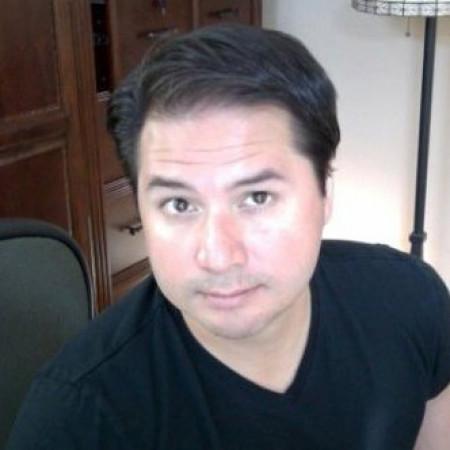 Headshot of Phong Starzewski
